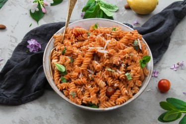 Sun-Dried Tomato Pesto Pasta